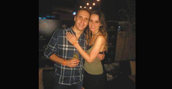 ANFITRIONES. Luis Pablo Granier, de Casa Real, con Camila Otero