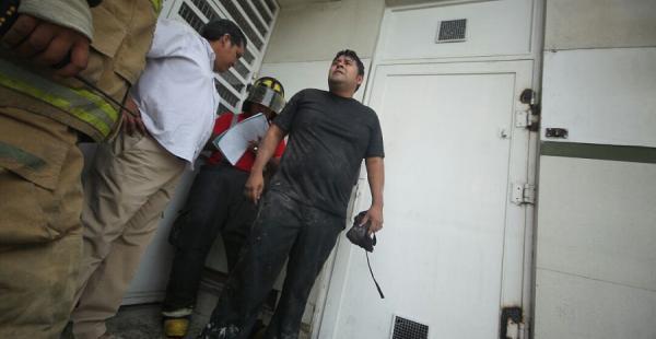 Bomberos de la Policía llegaron a atender la emergencia
