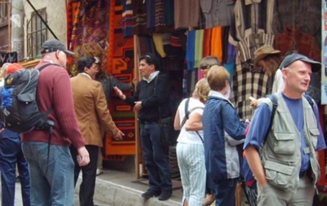 Diputados aprueba Ley que impone hasta 100 bolivianos de impuesto a turistas