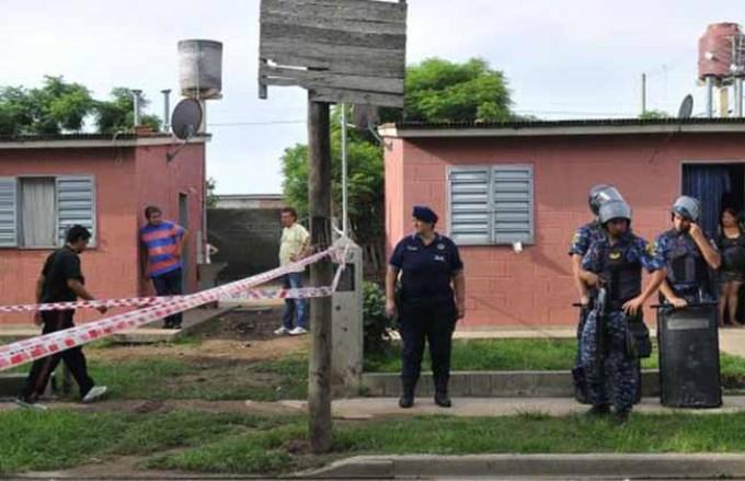 Resultado de imagen para Escuchó que peleaban en la calle, se asomó y murió al recibir un tiro