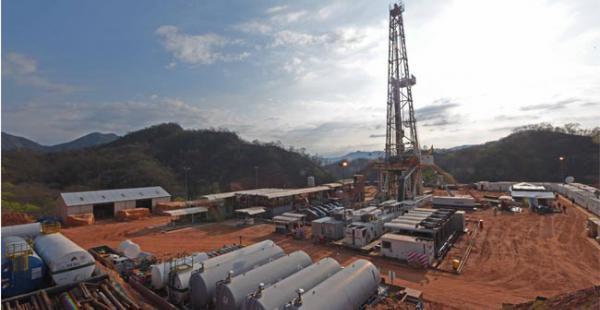 La firma petrolera Repsol opera la planta de procesamiento de gas del campo Margarita (Tarija)