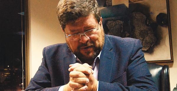 Samuel Doria Medina (UN) denunció, en una carta pública, que desconoce la imputación en su contra