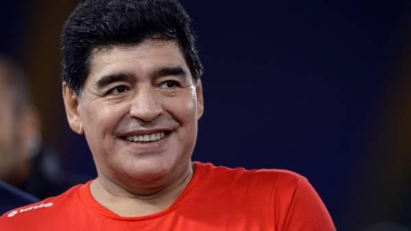 Maradona le mandó un audio a través de WhatsApp a