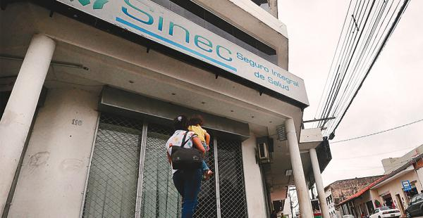 Un paro de tres horas, el viernes, es la primera movilización de los trabajadores del Sinec