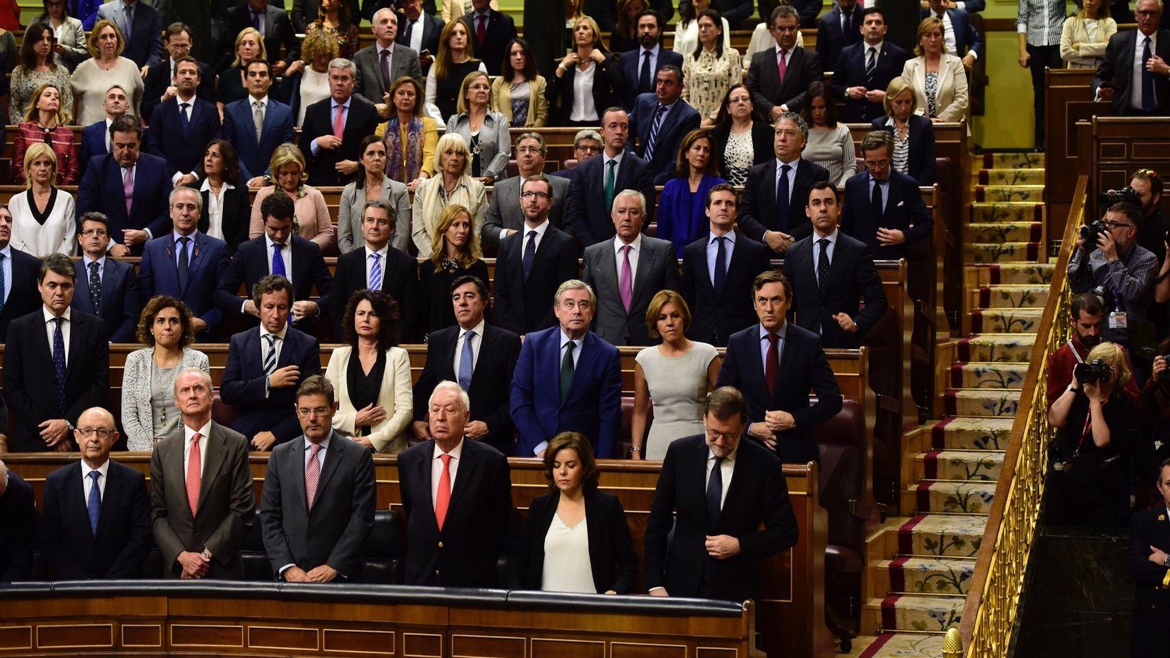 Rajoy sucede a Rajoy tras casi un año de interinidad de Rajoy