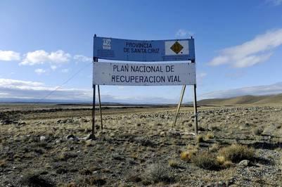 Una de las tantas obras adjudicadas a Báez y que quedó inconclusa, sobre la Ruta 40. Foto Maxi Failla.