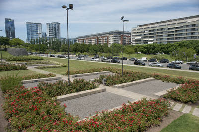 La vuelta al mundo se va a construir sobre el dique 2 y será vecina de la plaza Micaela Bástidas, el monumento a Fangio y el Faena Hotel.