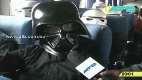 Bloqueo en El Alto perjudicó hasta a Darth Vader