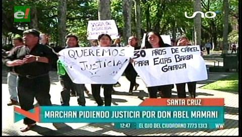Familiares de Abel Mamani marcharon, piden 30 años para los atracadores