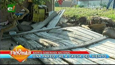 Fuertes vientos ocasionan la caída de una pared de protección de rieles de ferrocarril en una vivienda