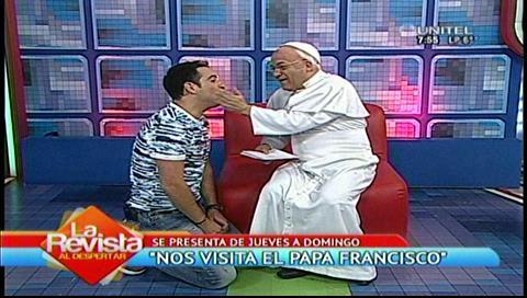 """El """"Papa Francisco"""" interrogó a Ronico sobre sus """"novias"""""""