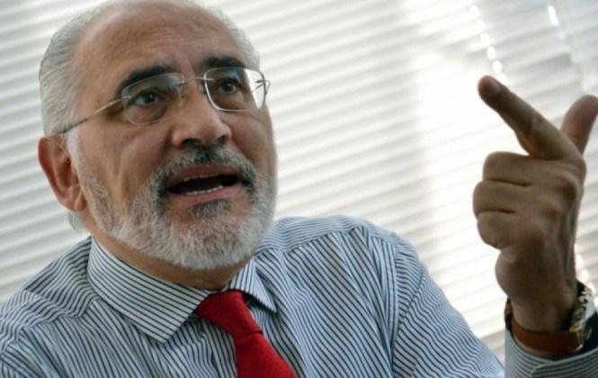 Carlos Mesa expresa preocupación por la presunta persecución política contra Doria Medina