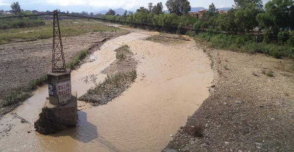 El cauce del río Guadalquivir está contaminado