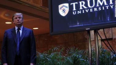Durante la campaña presidencial, Donald Trump estuvo bajo fuego por el supuesto fraude cometido a través de la universidad que lleva su apellido. (Crédito: Thos Robinson/Getty Images).