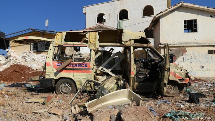 Syrien zerstörter Krankenwagen in der Nähe von Aleppo (Reuters/A. Abdullah)