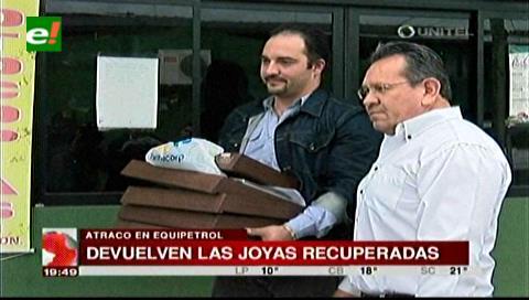 La Policía entrega las joyas que lograron recuperar del atraco en Equipetrol