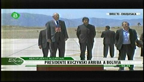 Kuczynski llegó a Bolivia