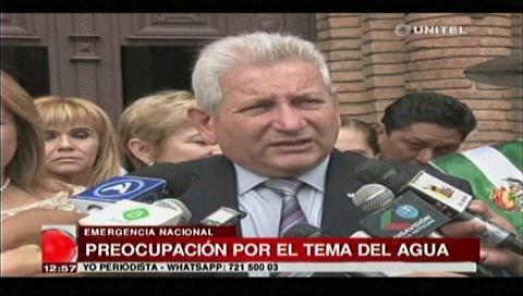 Rubén Costas pide priorizar el agua ante la emergencia nacional y la escasez