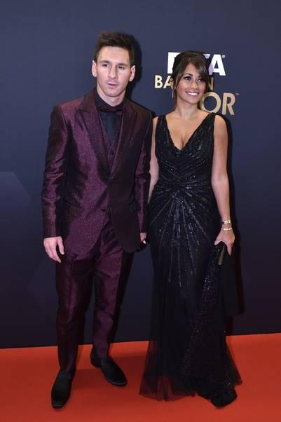 Siempre juntos. Lionel y Antonella durante la gala del Balón de Oro 2015.(AFP)
