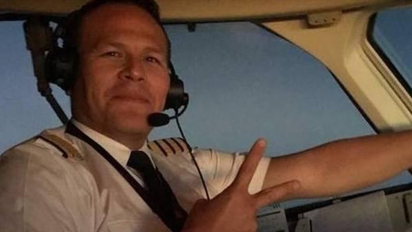 El piloto del vuelo, Miguel Quiroga