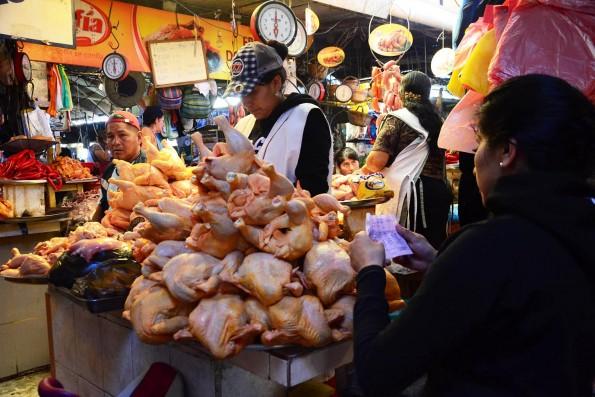 Resultado de imagen para Precio de la carne de pollo sube de Bs 13 a 16 el kilo en Trinidad