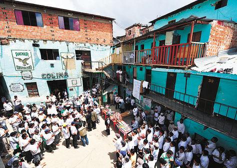 Privados de libertad de la cárcel de San Pedro, en La Paz.
