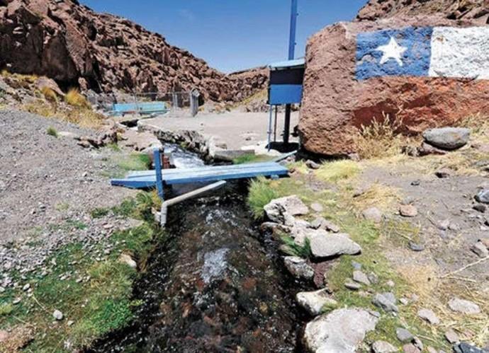 Potosinos demandan cobrar a Chile por el uso de aguas del Silala
