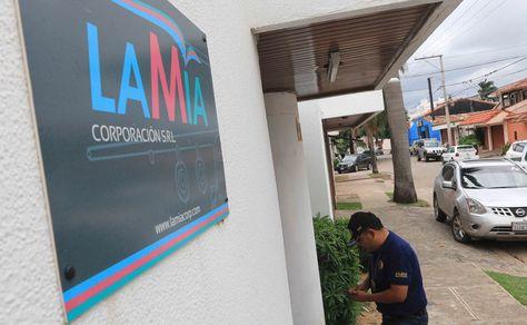 Las oficinas de la empresa LaMia, en Santa Cruz de la Sierra, fueron allanadas este martes 7 de diciembre de 2016.