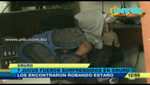 Sorprenden a 7 personas robando estaño en el centro minero Huanuni