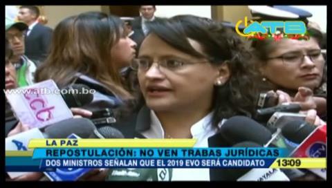 Ministros no ven trabas jurídicas para repostular a Morales