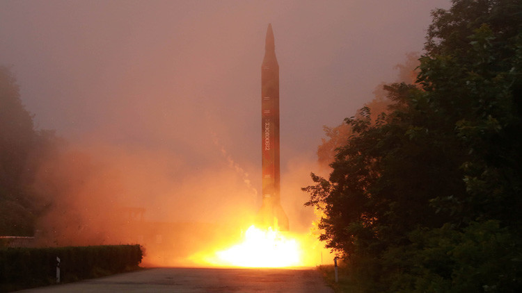 Corea del Norte, a punto de probar un misil balístico intercontinental