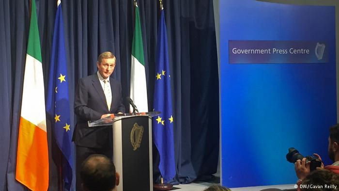 Irland Dublin Enda Kenny (DW/Gavan Reilly)