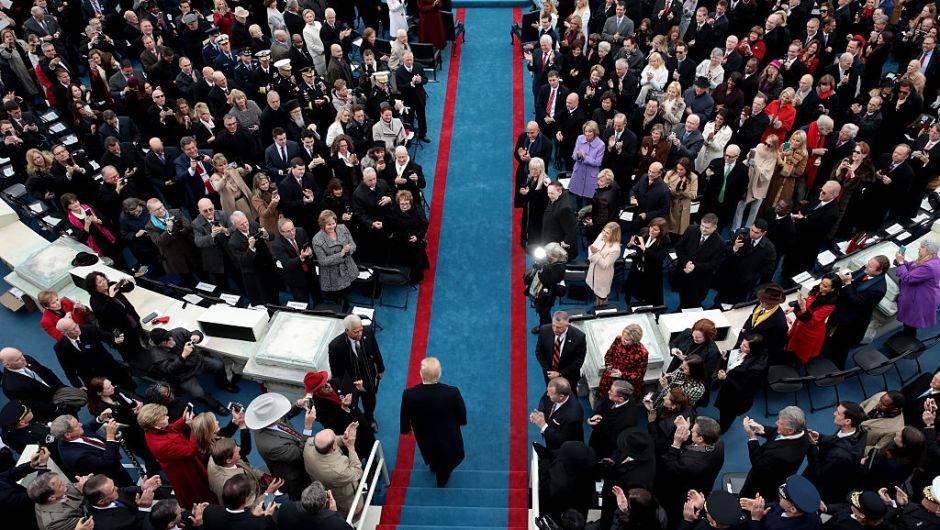 El presidente Donald Trump llega al lado oeste del Capitolio Nacional para su ceremonia de Investidura. (Crédito: Scott Olson/Getty Images)