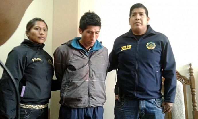 ASESINATO. El feminicida confeso, se entregó y fue presentado por la Policía ayer.