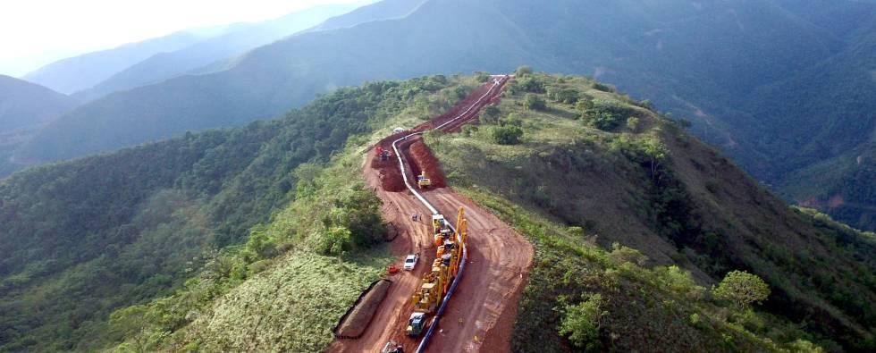 Trabajos en un tramo del Gasoducto Sur en Perú.