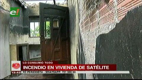 Satélite Norte: Incendio consume una vivienda en el barrio Manantial