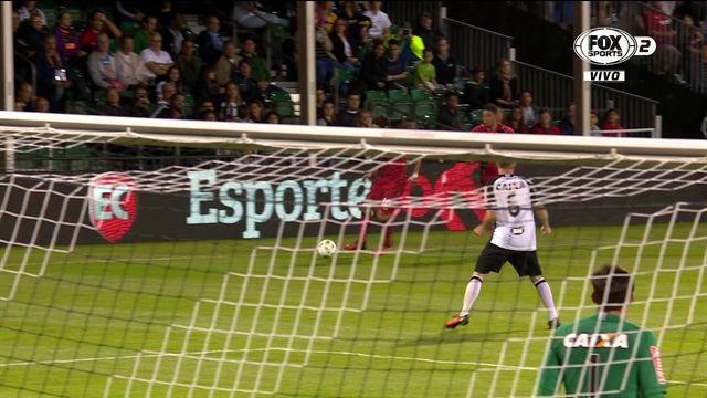 Chicharito marcó el gol de la victoria del Bayer Leverkusen