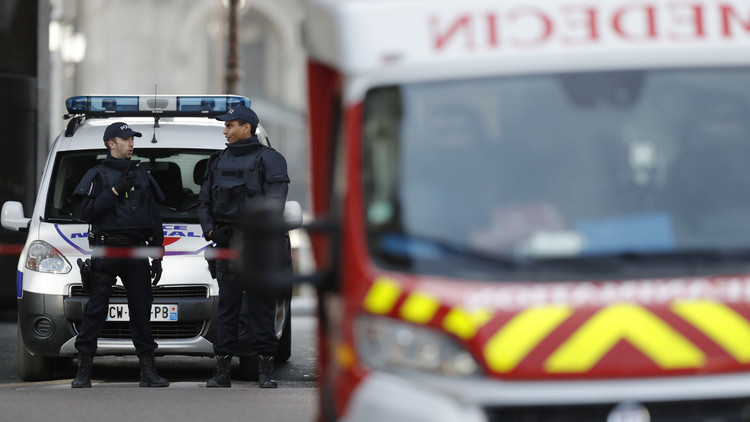 Difunden la primera imagen del terrorista del Museo del Louvre