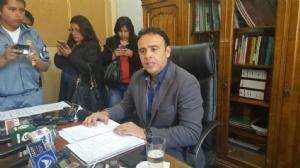 Gerente de la Caja denuncia que lo extorsionaron con un caso de presunta corrupción