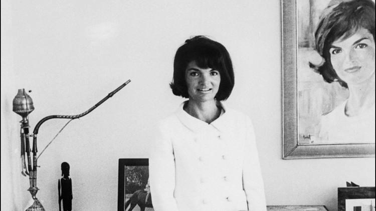 Salen a la luz cartas íntimas de Jackie Kennedy que revelan por qué se casó con Onassis