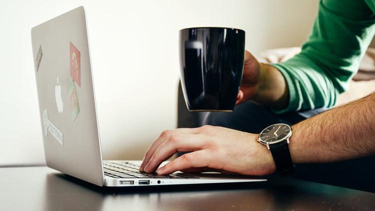 Sin precedentes: Acusan a un hombre de ordenar 346 violaciones 'online'