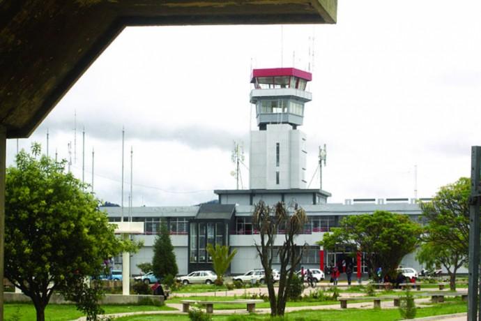 TERMINAL. Los inmuebles y equipo fueron llevados a tres aeropuertos del país.