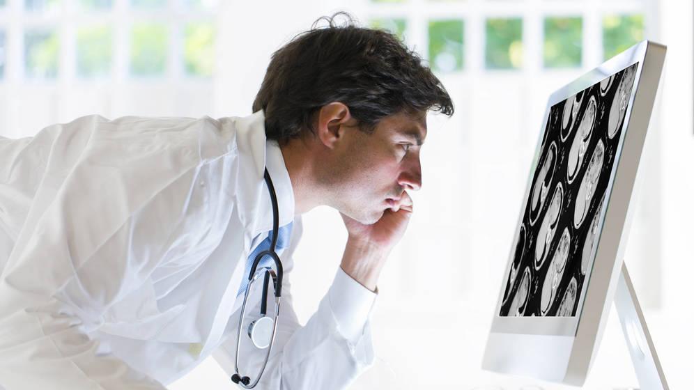 Foto: La mayoría de los pacientes son diagnosticados demasiado tarde para tener la oportunidad de recibir cirugía, el único tratamiento realmente eficaz. (iStock)