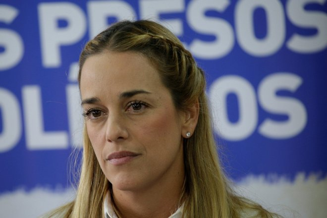 Lilian Tintori, wife of jailed Venezuelan opposition leader Leopoldo Lopez, attends a news conference in Caracas, Venezuela January 12, 2017. REUTERS/Marco Bello