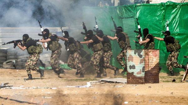 Khamenei ofreció su dicurso durante la controversial conferencia en apoyo de la intifada palestina realizada por grupos terroristas como Hamas y Jihad Islámica Palestina (AFP)
