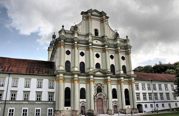 La Abadía de Furstenfeld desde afuera