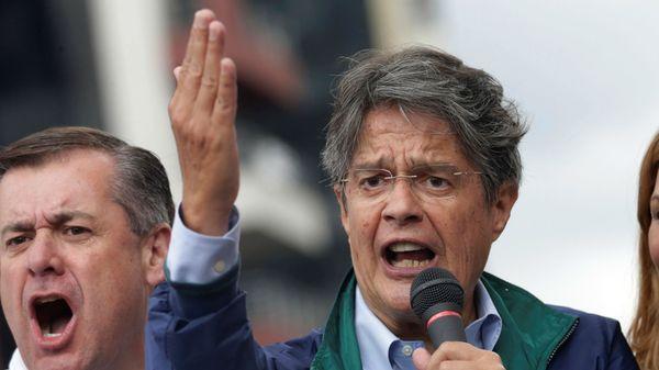 Guillermo Lasso fue el candidato opositor más votado y logró entrar al ballotage.