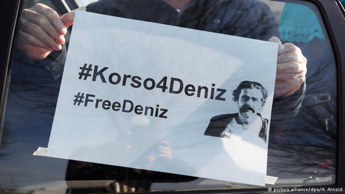 Solidaritätsaktion für in Türkei inhaftierten Journalisten (picture alliance/dpa/A. Arnold)