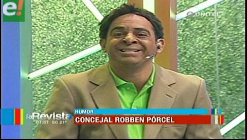 Ronico hizo de Robben Pórcel en La Revista