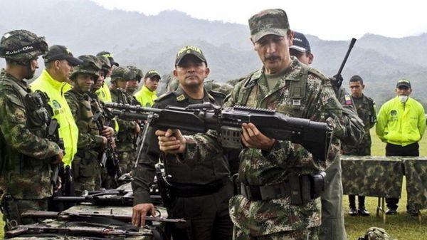 Comienza el proceso de dejación de armas de los guerrilleros de las FARC (EFE)